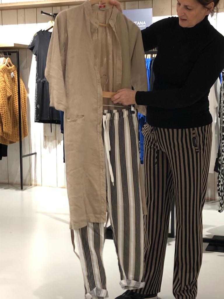 Penn&Ink lange blouse op streepbroek