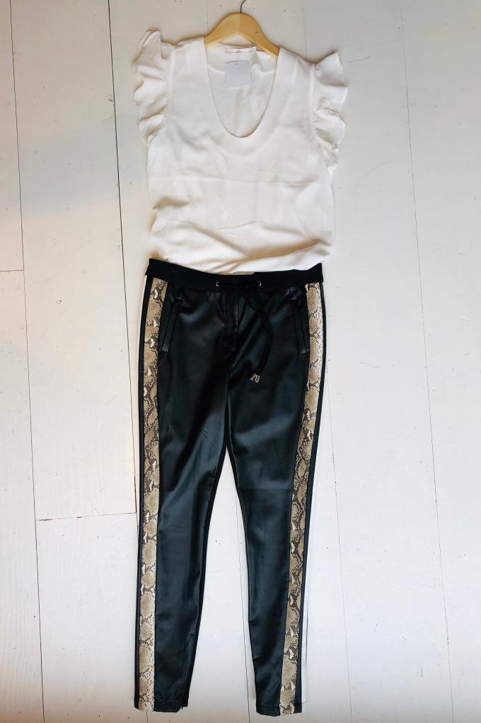 learherlook broek met slangenstriping